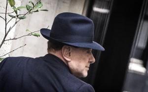 За 30 г. в Милан, Берлускони го е яд само за едно нещо