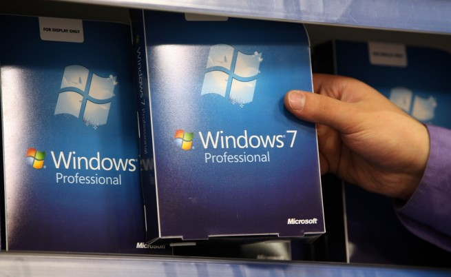 Успешният Windows 7, който водеше тежка борба за надмощие с твърде стария, но много обичан XP