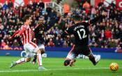 НА ЖИВО: Стоук мачка Юнайтед на Британия