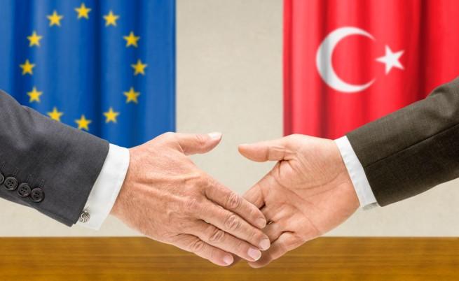 Ще си стиснат ли ръцете ЕС и Турция?
