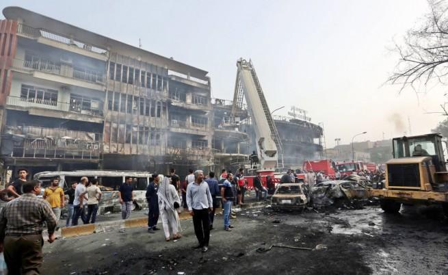 Мястото на атентата в Багдад
