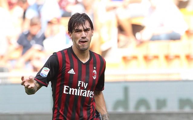 Челси зарива Милан с 50 милиона за Романьоли