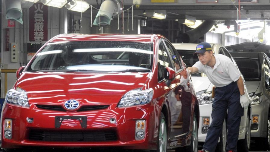 """""""Тойота"""" с нов рекорд, произведе над 10 млн. автомобила за година"""