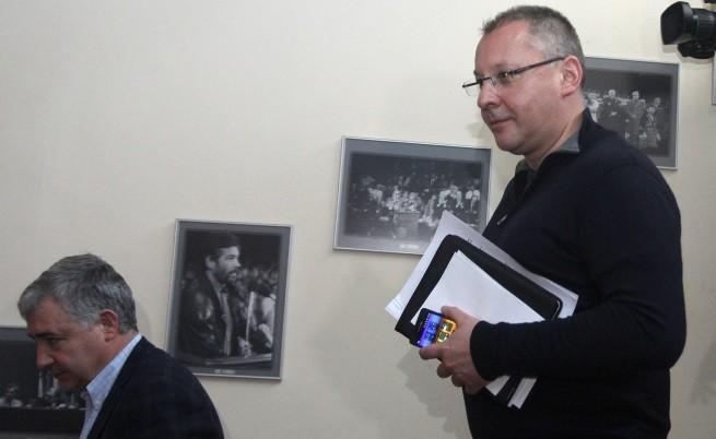 БСП сне доверието си от Първанов, Румен Петков и другите участници в АБВ