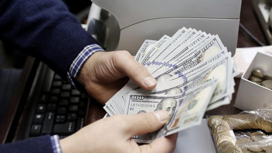 Спадът на валутните курсове: чака ли ни нова криза