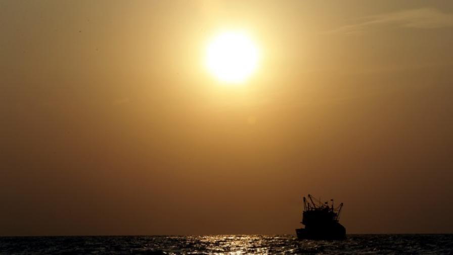 Корабокрушенецът разказва за 13-те месеца в океана