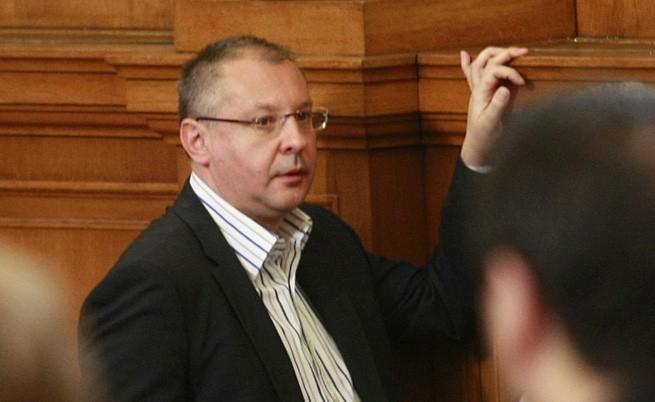 ГЕРБ поиска разследване на Станишева, БСП го отхвърли