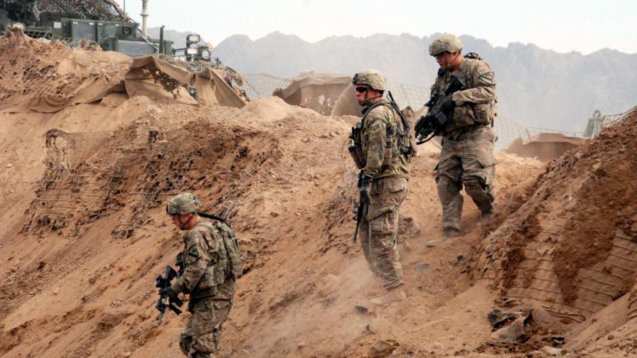 САЩ преразглеждат плановете за изтегляне на американските войски от Афганистан