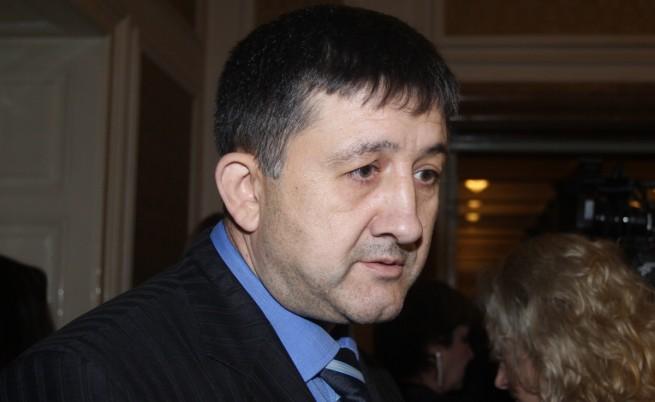 Бивши депутати от ГЕРБ: Още ще напуснат