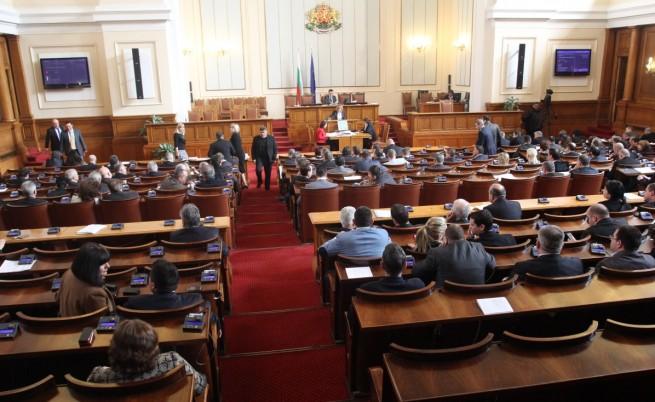 Депутатите приеха 50 текста от новия Изборен кодекс