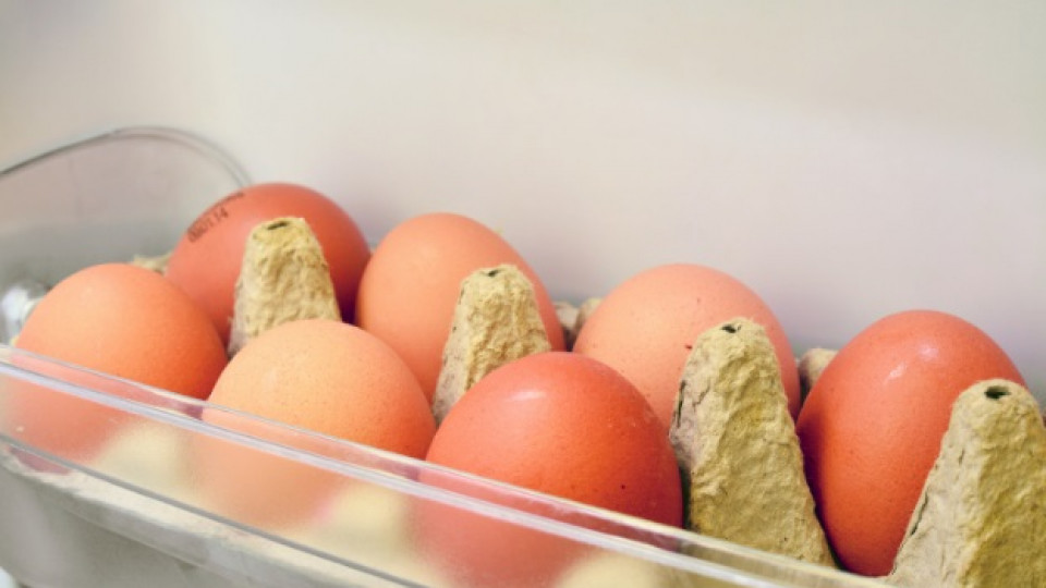 Най-неподходящото място за съхраняване на яйца се оказва вратата на хладилника