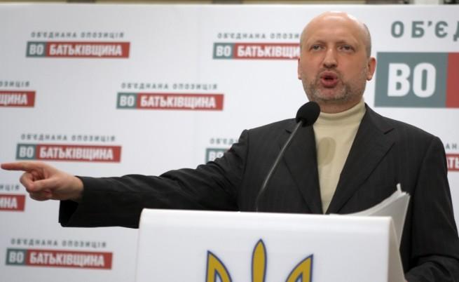 Олександър Турчинов стана и главнокомандващ на Украйна