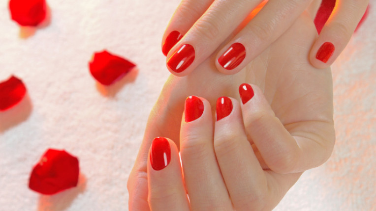 маникюр нокти стрес