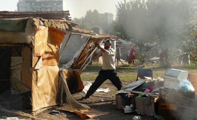 Маргинализацията на ромите – най-належащия проблем в България
