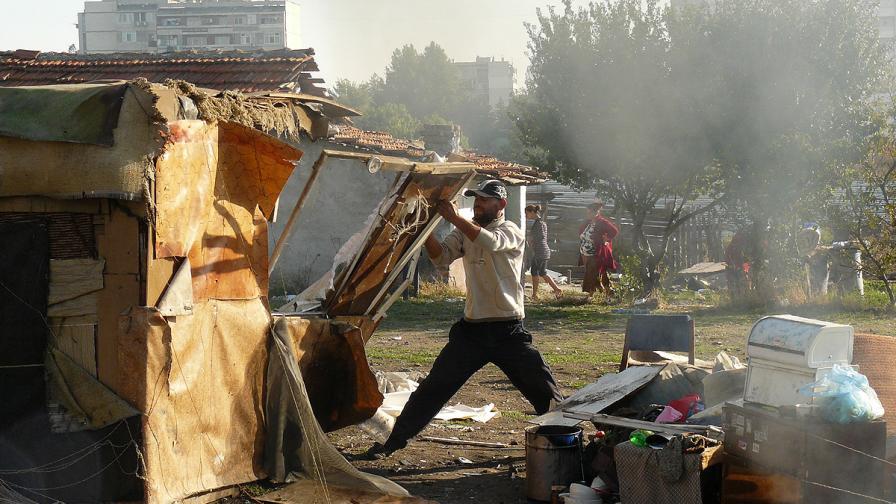 Варненски роми заплашиха с гражданско неподчинение