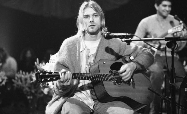 Кърт Кобейн по време на концерт на 18 ноември 1993 г.