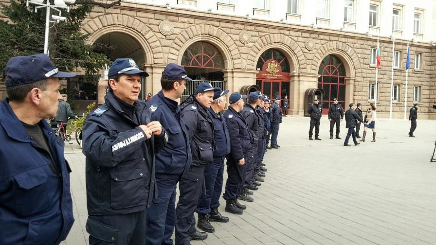 Сидеров: На КСНС представят Русия като враждебна
