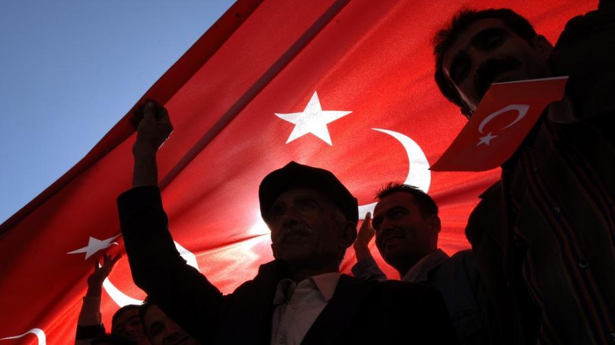 Турция пусна пастора, заради когото лирата се срина