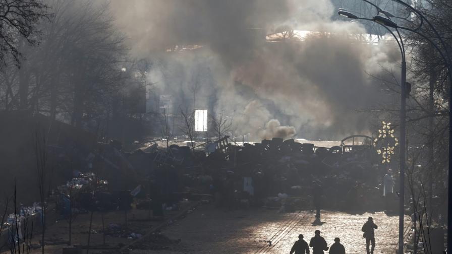 "Киев обмисля да забрани ""Десен сектор"""