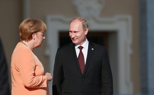 Путин и Меркел обсъдиха отново Украйна и газовия въпрос