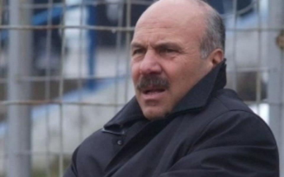 Георги Василев пое гръцкия Левадиакос