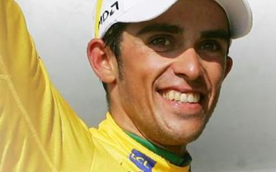Алберто Контадор триумфира на Тур дьо Франс