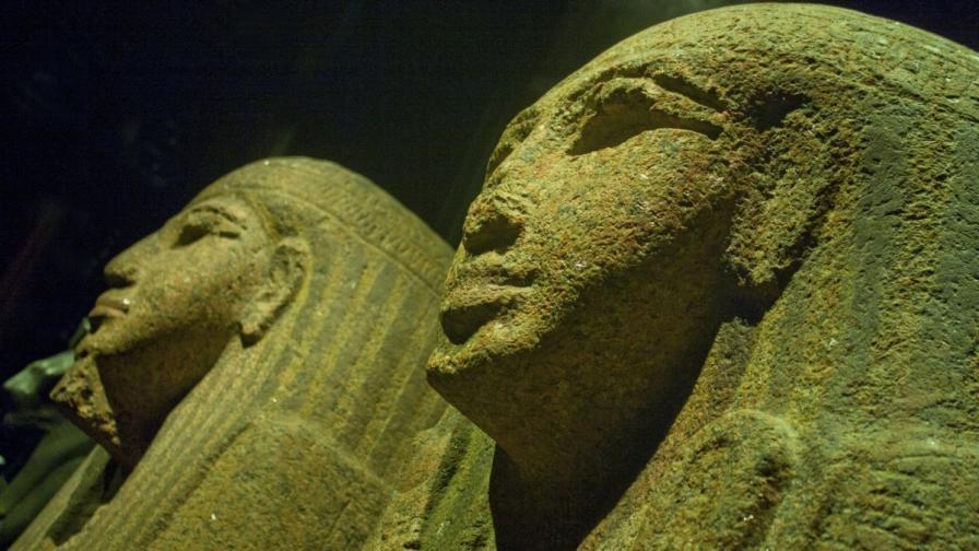 Учени отвориха саркофаг на египетска мумия на 2500 години