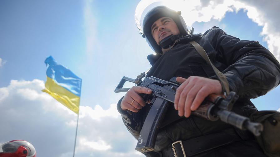 Украйна въвежда задължителна военна служба