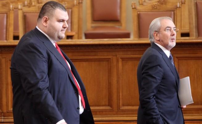 ДПС с пламенна защита на кандидата за ЕП Пеевски