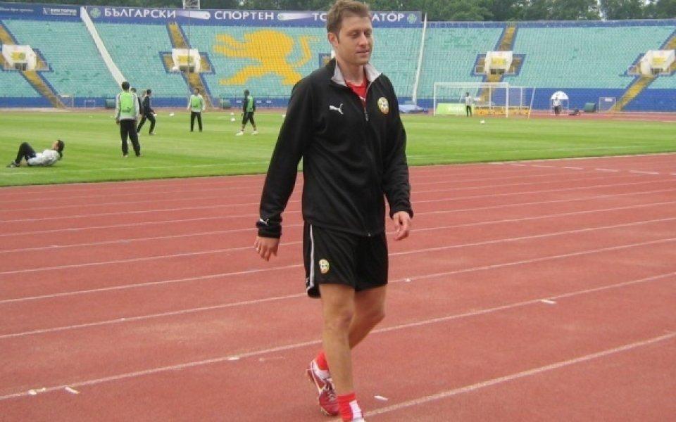 Локо Сф разтрогна с Владо Манчев, Диян Петков с картотека за старши треньор