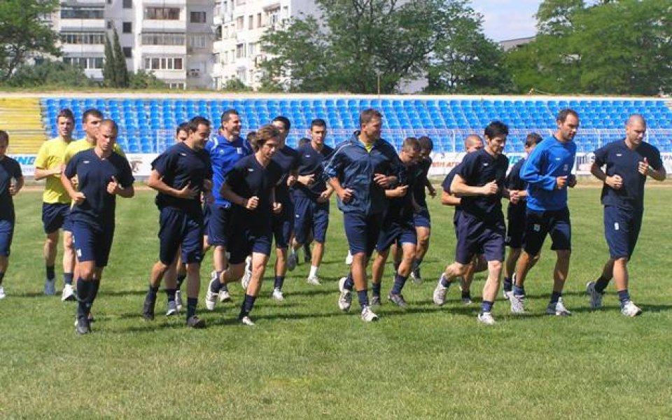 Десен бек на Левски започна със Спартак Варна