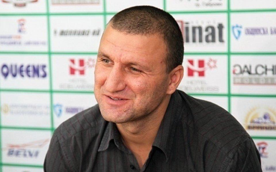 Митко Джоров замени Лаптопа с ръкописни записки във Видима-Раковски