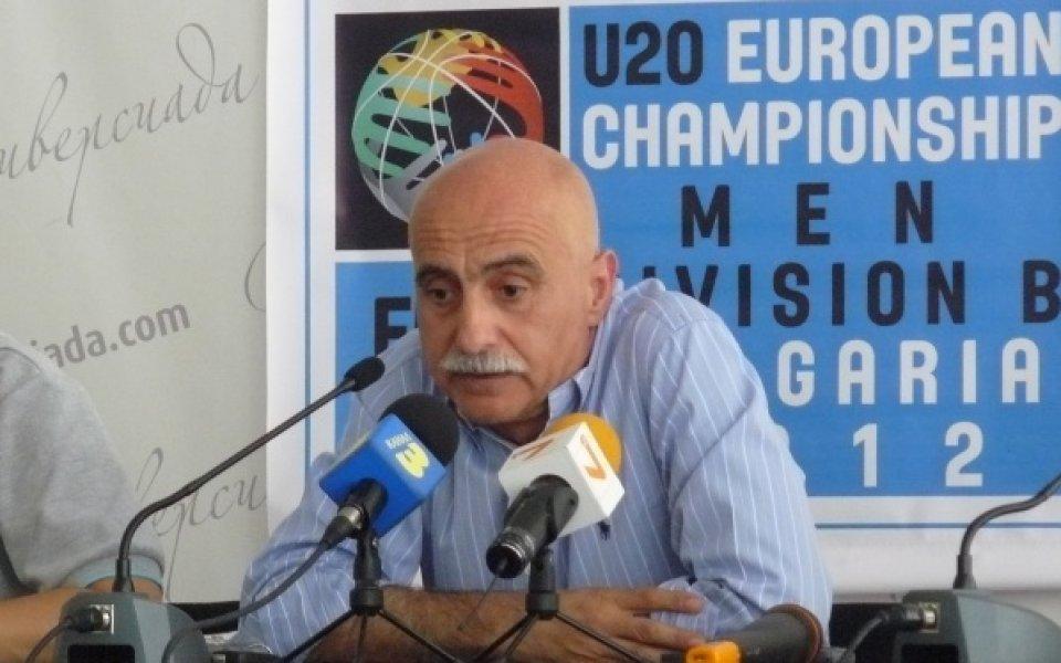 Екстреньор на България класира Великобритания на Европейско по баскетбол