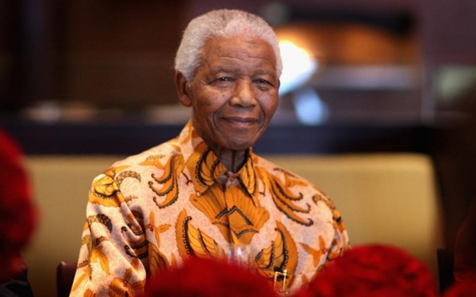 Първият чернокож президент на Южна Африка Нелсън Мандела почина на ...