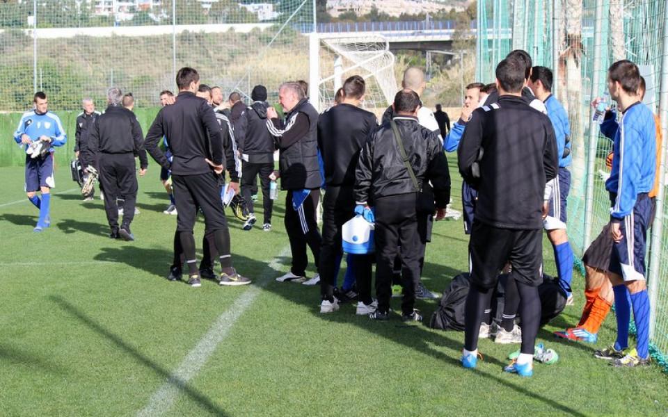 СНИМКИ: Любимец с първа тренировка в Марбея, играе с поляци