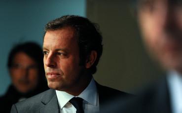 Бивш президент на Барселона ще бъде изправен пред съда за пране на пари