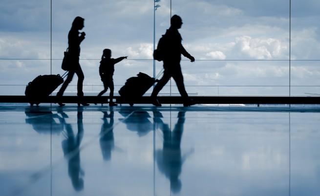 Всеки четвърти българин е потенциален емигрант