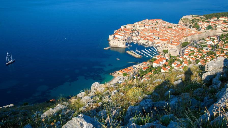 Семейство от Дубровник дава безплатна почивка за бедни