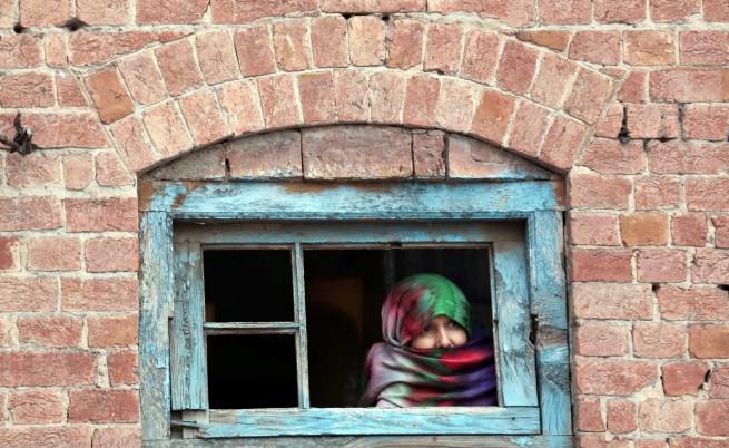 В Пакистан убиха жена с камъни, омъжила се по любов