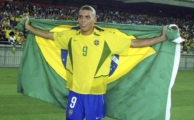 Една от големите звезди във футбола в съвсем близкото минало