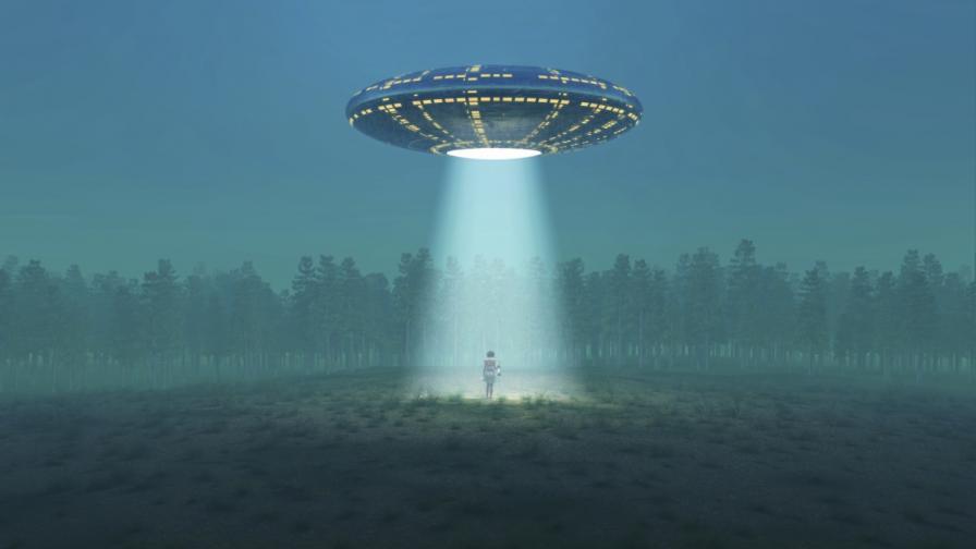 Нова теория: Не срещаме извънземни, защото спят
