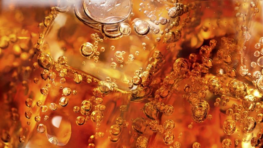 """""""Кока Кола"""" плаща за подвеждаща наука"""