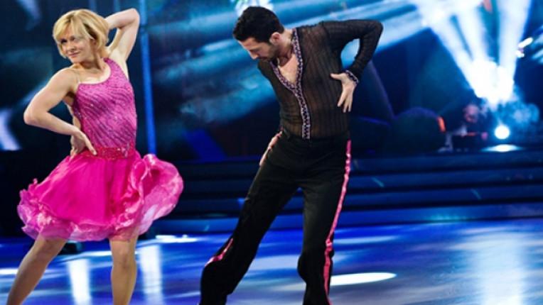 Албена Денкова Dancing Stars победа състезание предаване танц конкуренция