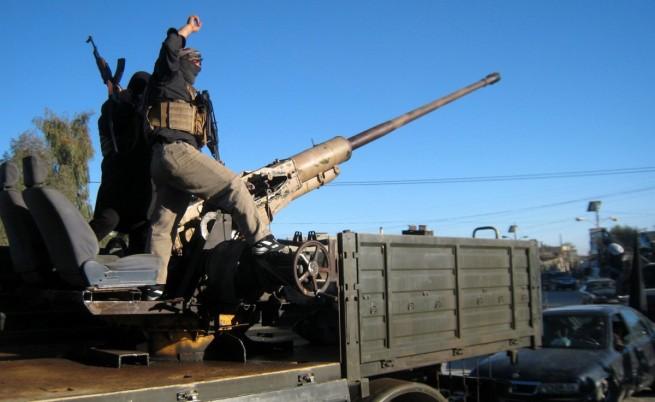В Мосул ИДИЛ вече налага ислямски ред