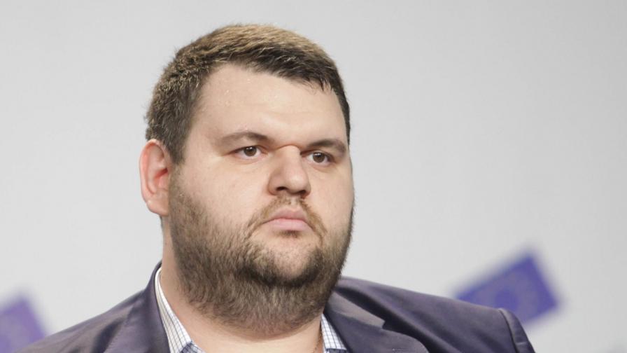 Прокуратурата и МВР: Няма искане за арест на Пеевски