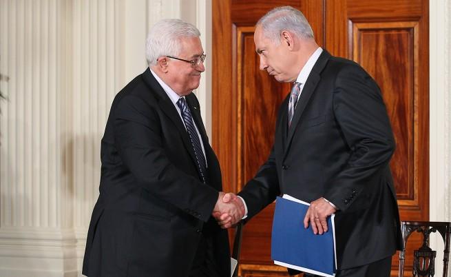 Какво накара Нетаняху да говори с Абас за първи път от 2012 г. насам