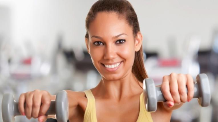 спорт жена фитнес упражнение