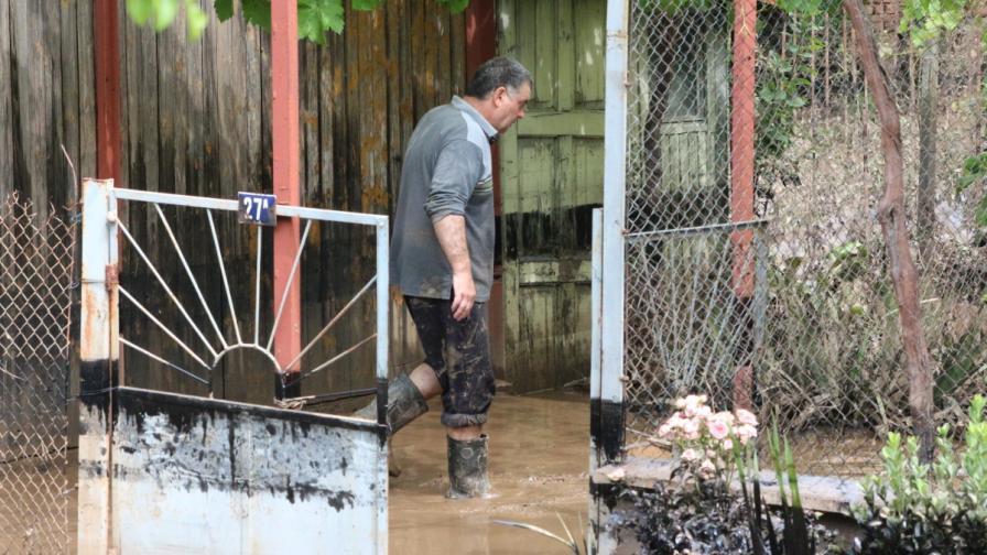 Потърпевши от наводненията в Добрич на протест, искат активни действия от общината