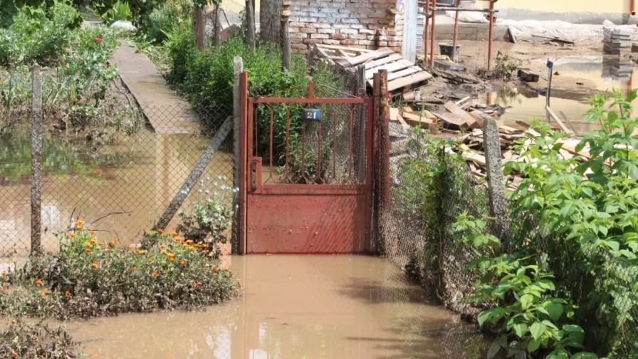 Добрич освобождава от данъци пострадали от наводнението