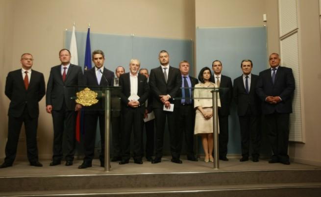 Плевнелиев: Няма банкова криза, НС се разпуска на 6 август